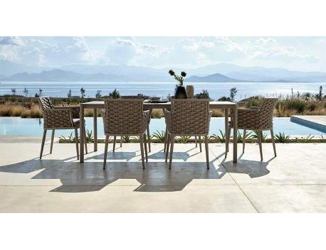 Outdoor Dining Sets & Chairs