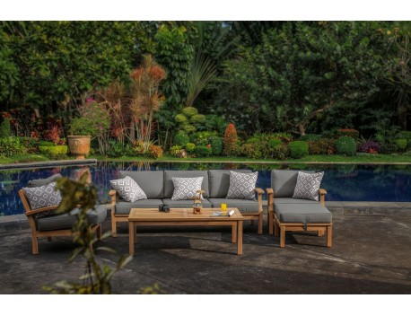 The Lombok Setting with Triple Lounge