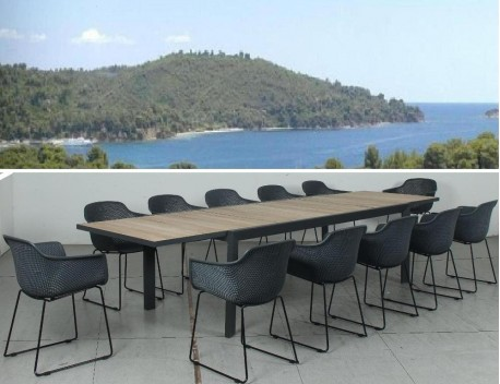 The Avoca Ext Table with Surrey Chairs